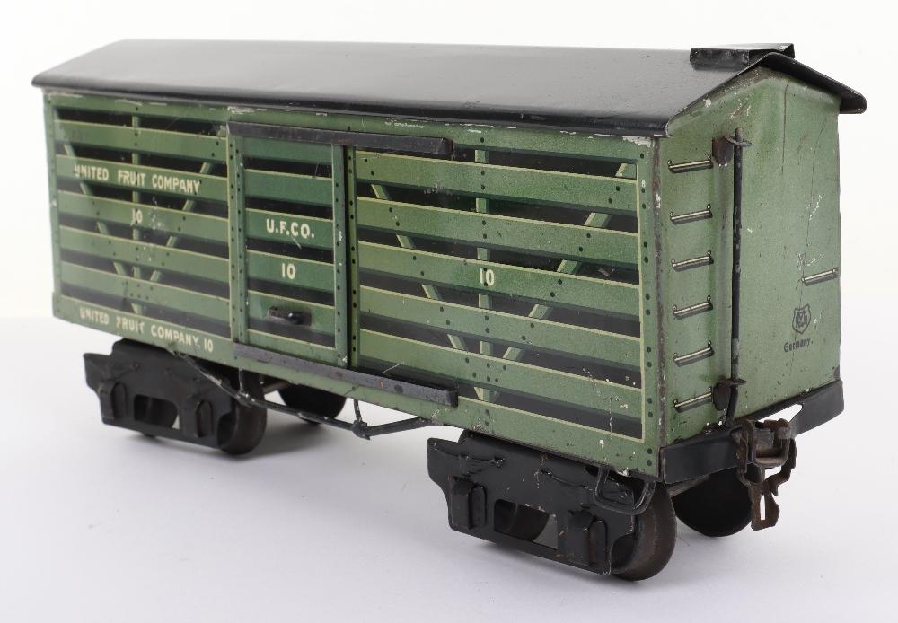 Marklin for the U.S market gauge I 'United Fruit Company' eight-wheel bogie Fruit van, German circa - Image 4 of 5