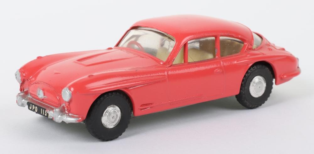 Tri-ang Spot On Model 112 Jensen 541