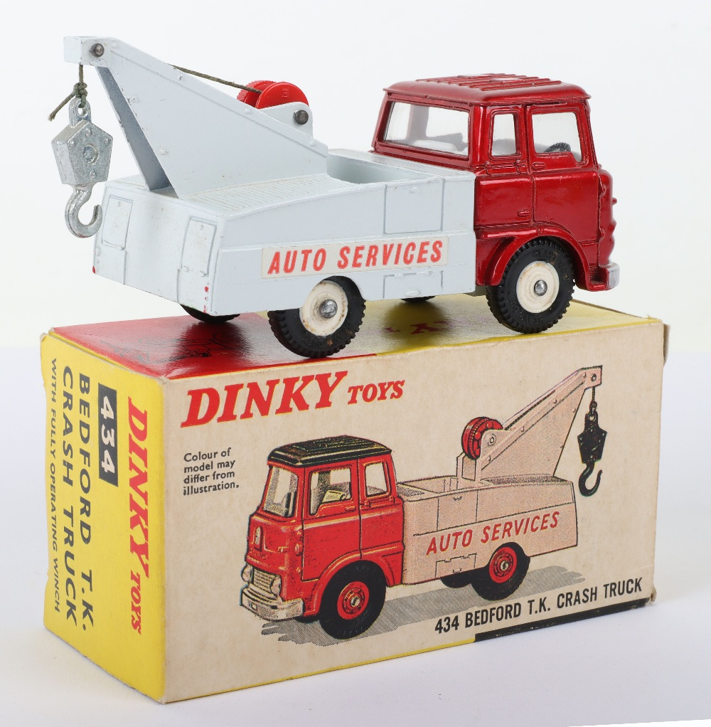 Dinky Toys 434 Bedford T.K Crash Truck - Image 2 of 3
