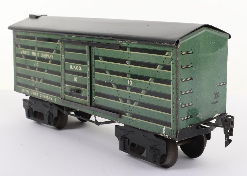 Marklin for the U.S market gauge I 'United Fruit Company' eight-wheel bogie Fruit van, German circa - Image 2 of 5
