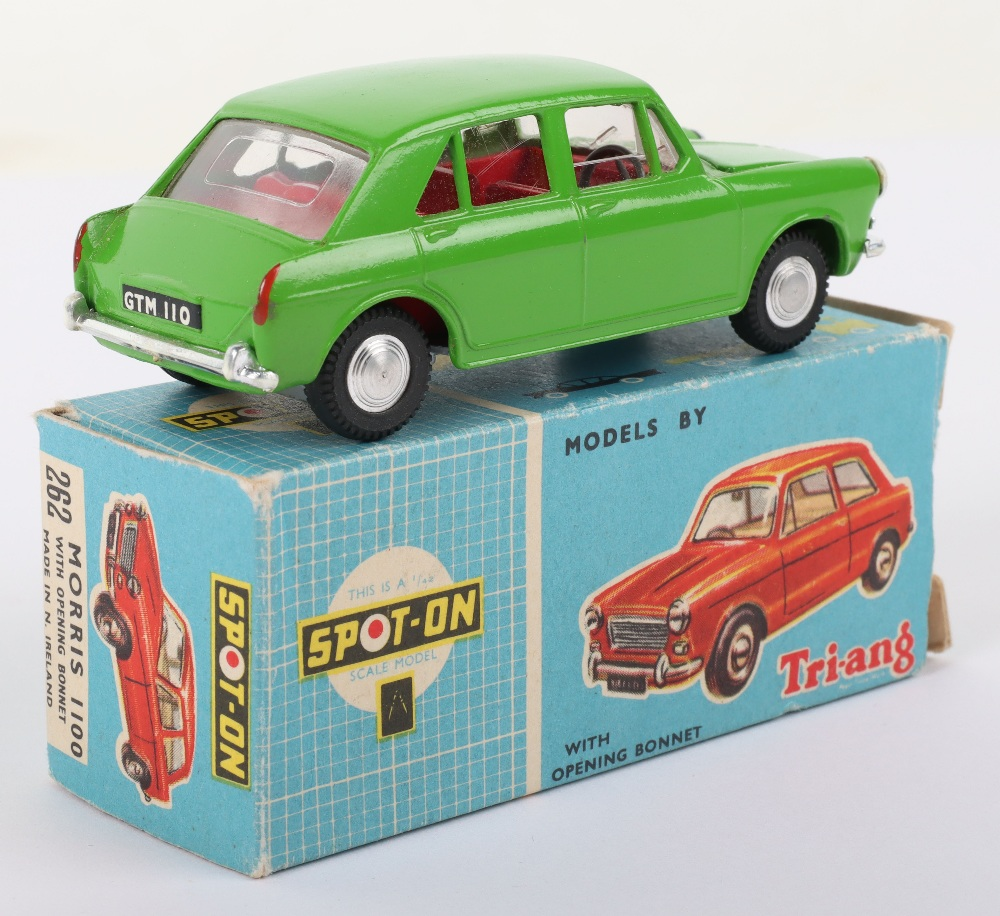 Triang Spot-On Model 262 Morris 1100 - Image 3 of 6