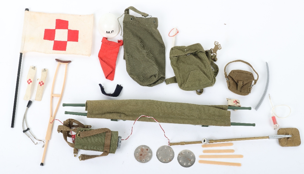 A Quantity of Vintage Original Action Man Uniforms Accessories From 1960's Combat Soldier - Image 4 of 5