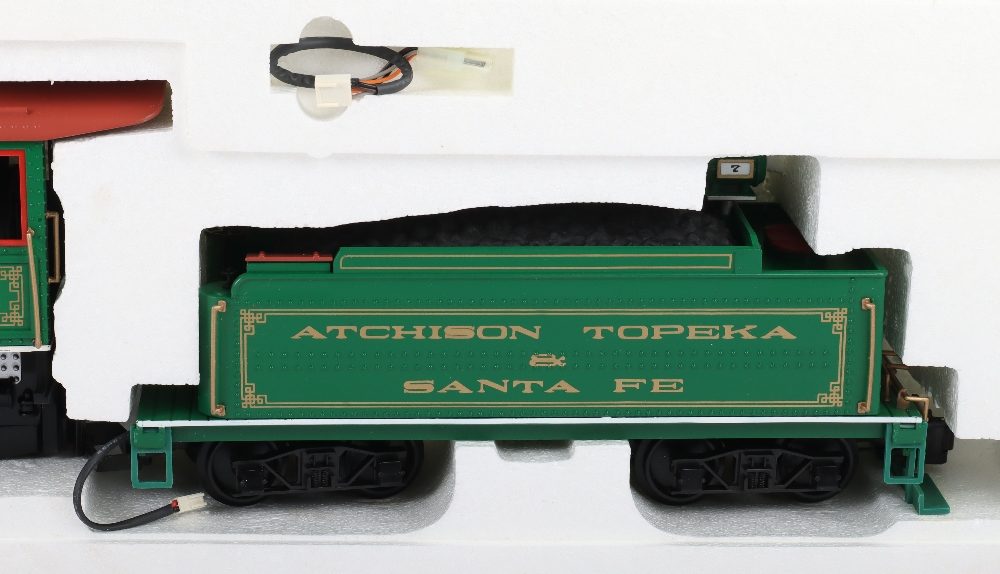 A Bachmann G Scale American Outline Locomotive and Tender - Image 4 of 4