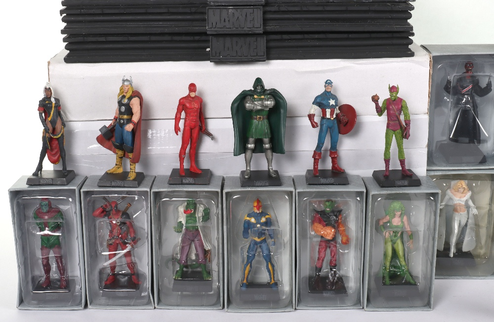 """Quantity of """"The Classic Marvel Figurine Collection"""" by Eaglemoss - Image 5 of 12"""
