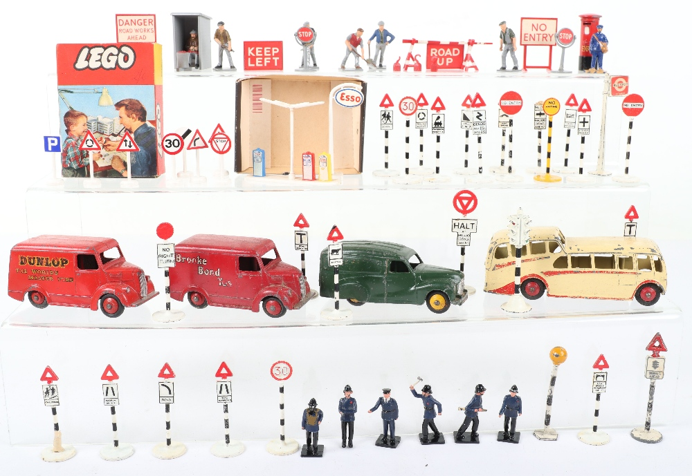 Dinky Toys Vans, Coach, Accessories & Road signs