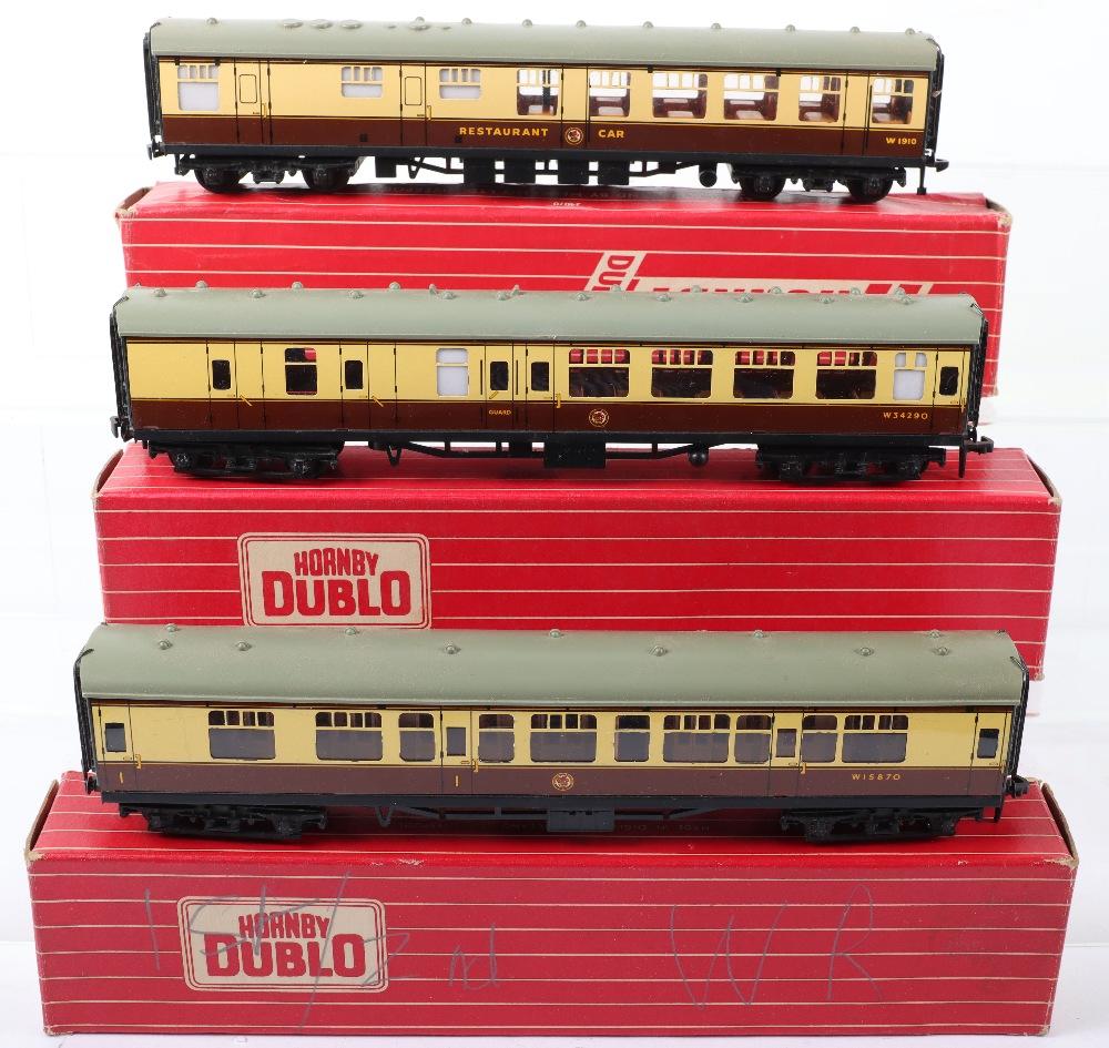 Three Hornby Dublo 00 Gauge 2-Rail Boxed Super Detail Coaches - Image 2 of 2