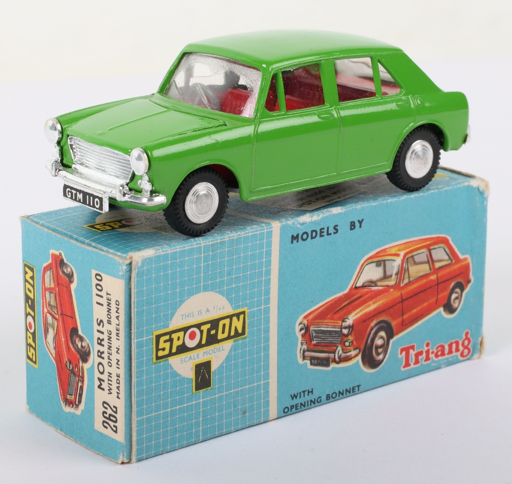 Triang Spot-On Model 262 Morris 1100 - Image 2 of 6