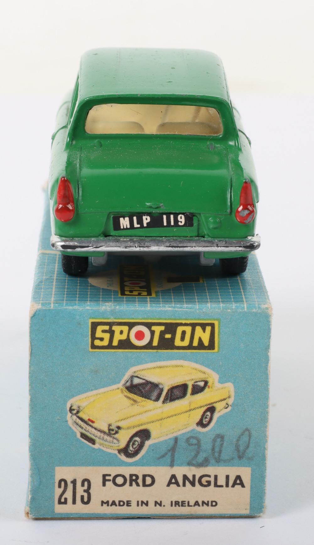Tri-ang Spot On Model 213 Ford Anglia Saloon - Image 3 of 5