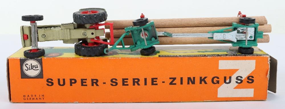 Siku (Germany) V 303 Hanomag 900 Tractor and Limber Trailer - Image 4 of 4