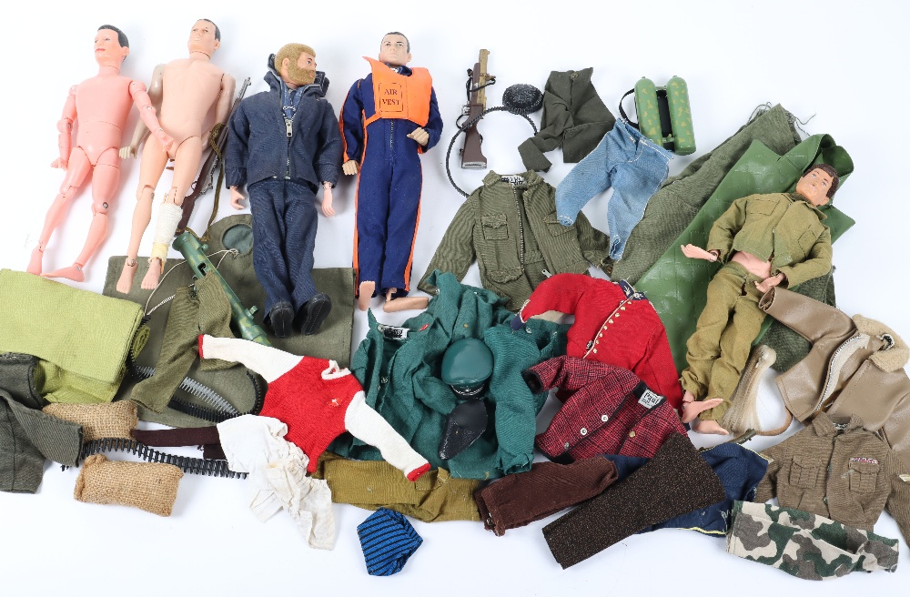 A Large Quantity of Vintage Action Man Dolls, Clothes and equipment - Image 3 of 10