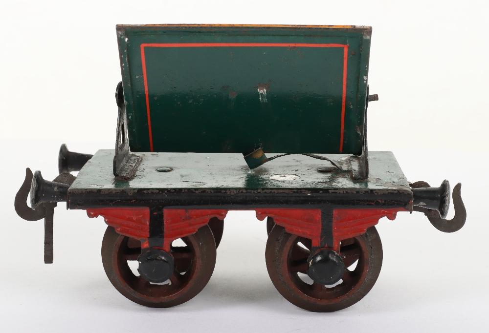Rare Bing gauge I four-wheel Side-Tipping wagon, German circa 1904 - Image 3 of 4