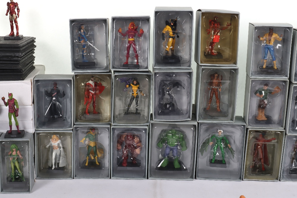 """Quantity of """"The Classic Marvel Figurine Collection"""" by Eaglemoss - Image 9 of 12"""
