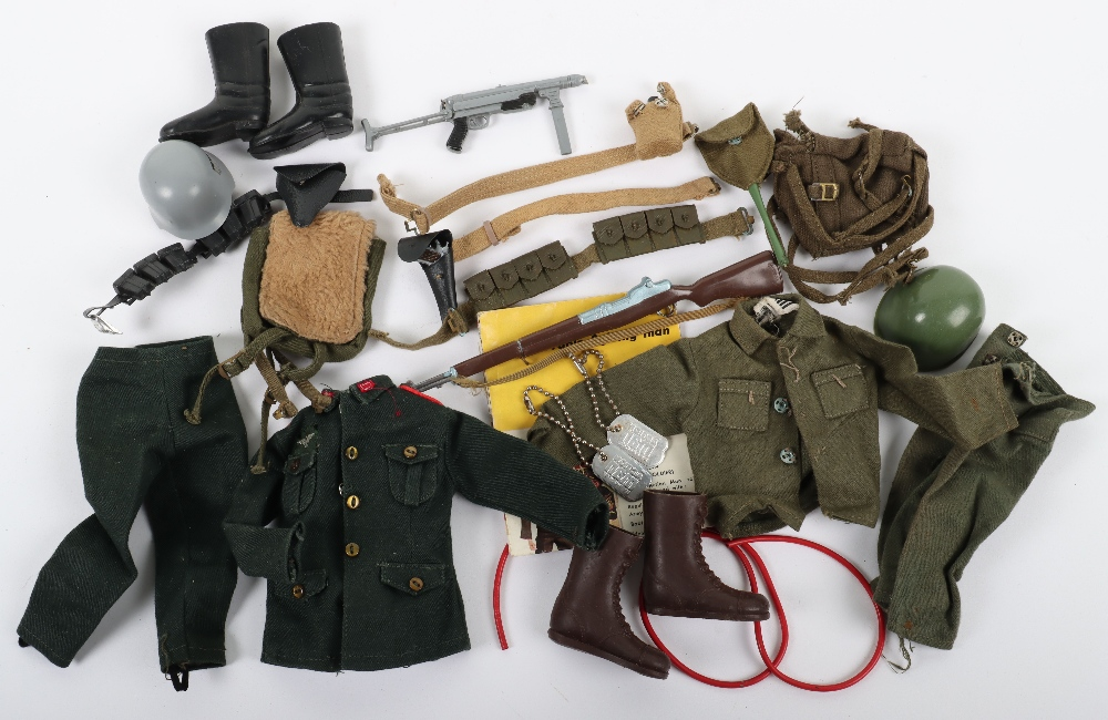 A good Quantity of Vintage Action Man Dolls, Clothes and Accessories - Image 3 of 3