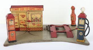 Marx (USA) tinplate Sunny Side Service Station forecourt, circa 1930