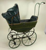 A good English Victorian child's doll pram,