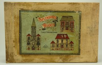 A boxed set of 'Splendides Blocs, cubes, construction', French early 20th century,