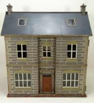 A good painted wooden Dolls House, English late 19th century,