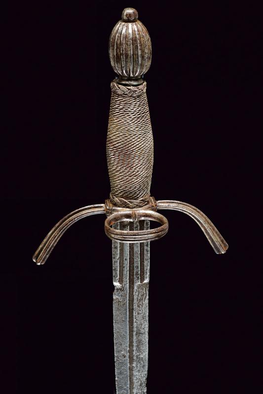 A left hand dagger - Image 4 of 6