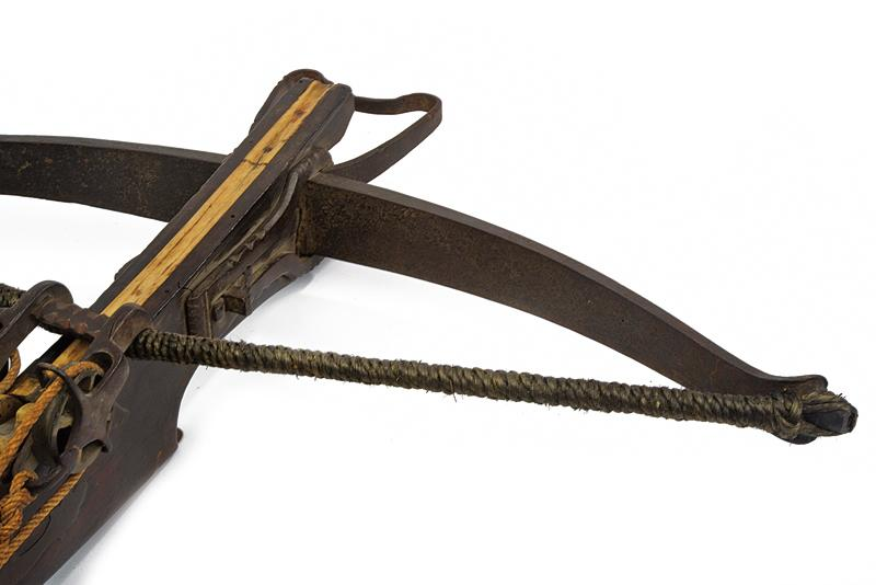 A big crossbow with jack - Image 7 of 10