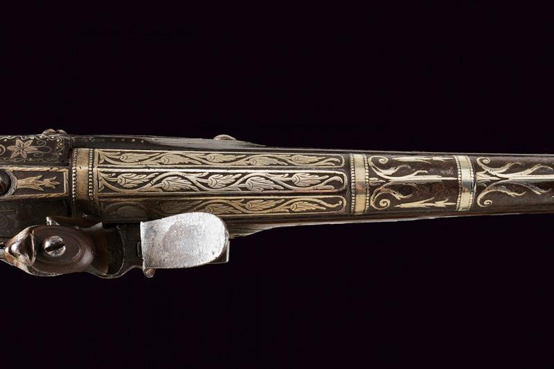 A fine flintlock pistol with silver mounts - Image 2 of 9