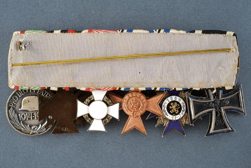 An interesting lot of orders and medals - Image 4 of 10