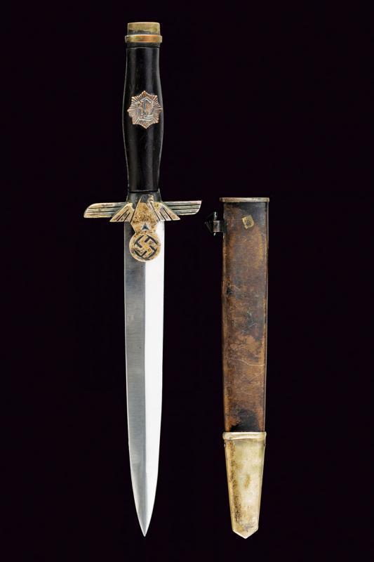 A RLB dagger