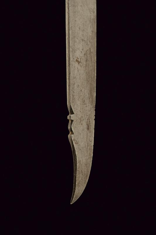 A jade hilted knife - Image 4 of 6