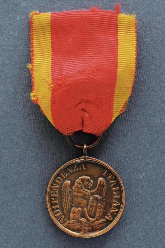 A 'Vessillo di Vittoria' bronze medal