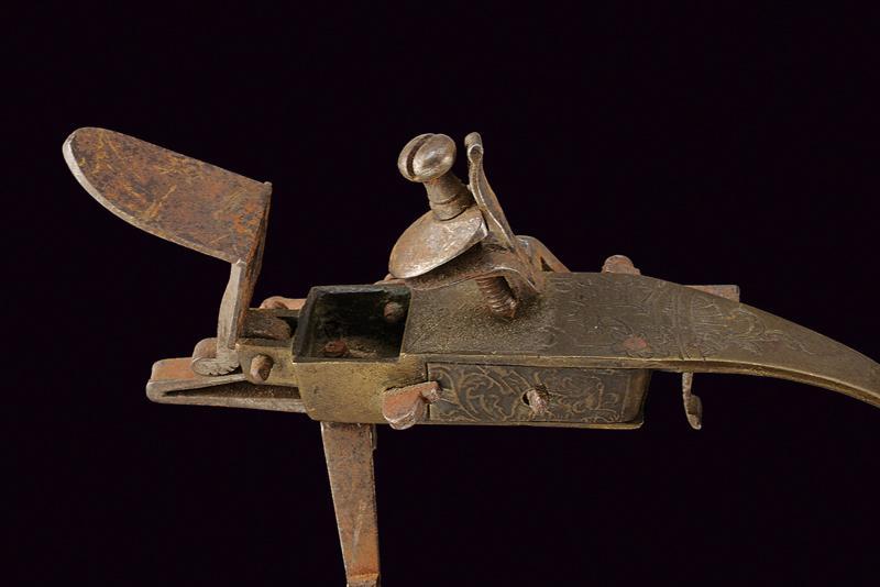 A flintlock tinder lighter - Image 2 of 3