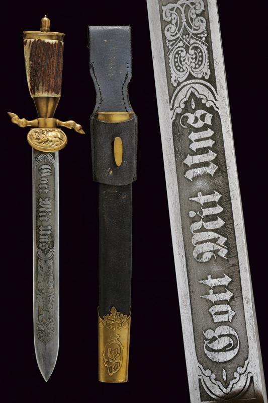 A big hunting knife