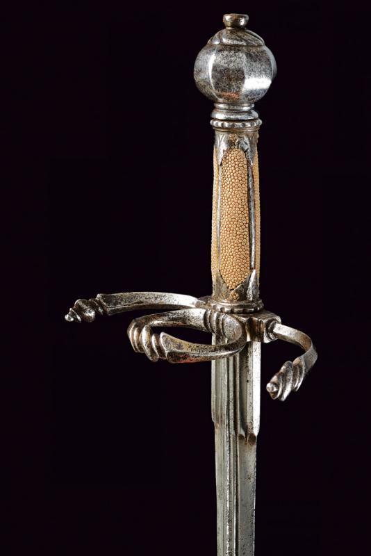 A fine left hand dagger - Image 3 of 9