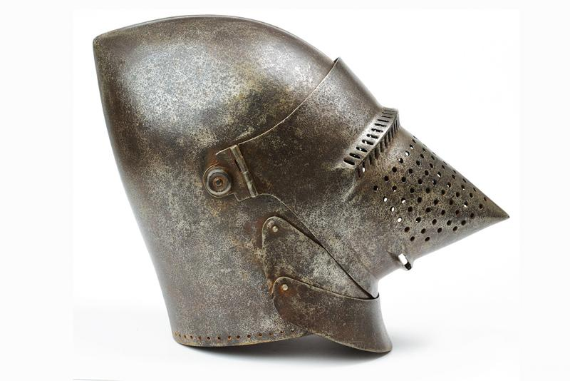 A bascinet in the style of late 14th century - Image 6 of 6