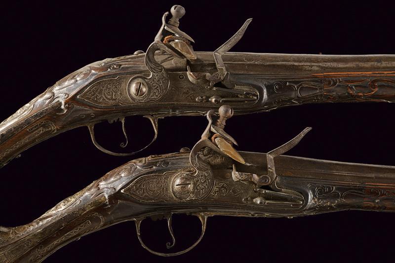 A pair of flintlock pistols - Image 2 of 4