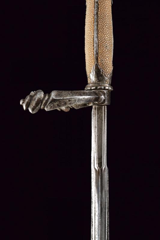A fine left hand dagger - Image 7 of 9