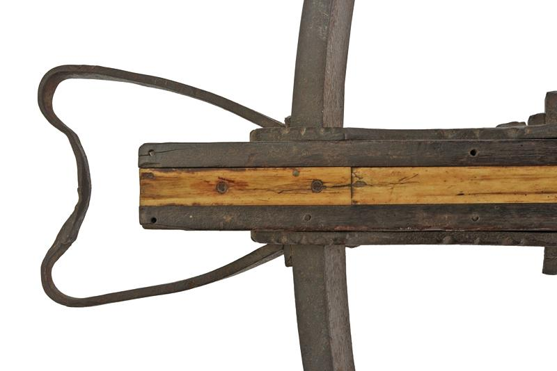 A big crossbow with jack - Image 3 of 10