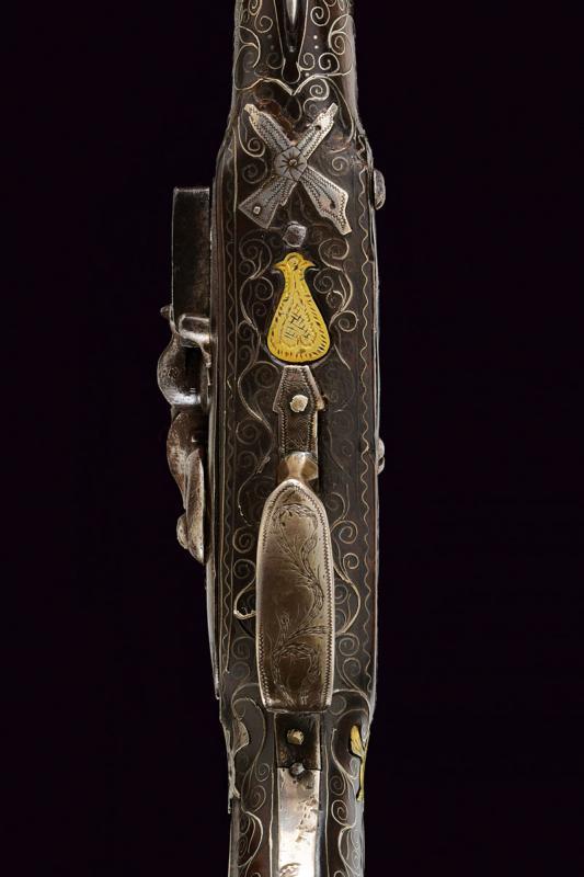 A fine flintlock pistol with silver mounts - Image 8 of 9