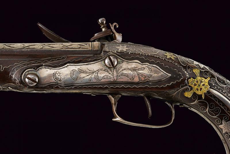 A fine flintlock pistol with silver mounts - Image 6 of 9