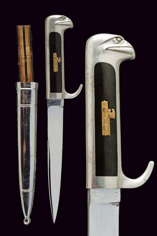 Eagle-headed officer's dagger