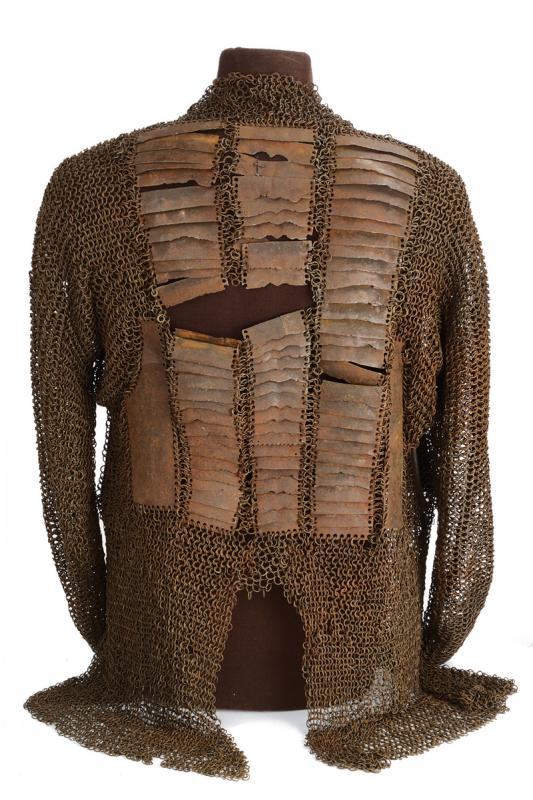 A mail shirt with back and breast plates - Image 3 of 4