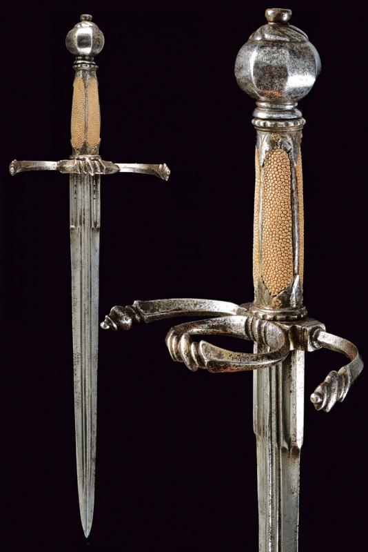A fine left hand dagger
