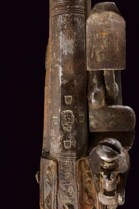 A pair of snaphaunce flintlock pistols - Image 2 of 10