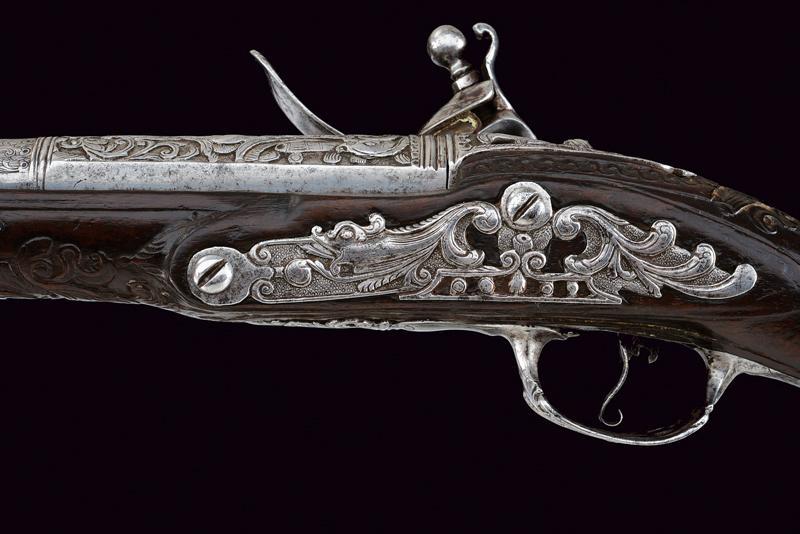 A beautiful flintlock pistol for the oriental market - Image 7 of 14