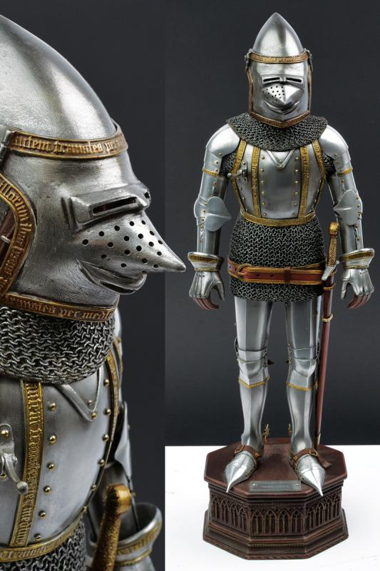 A very fine model of a knight in armour