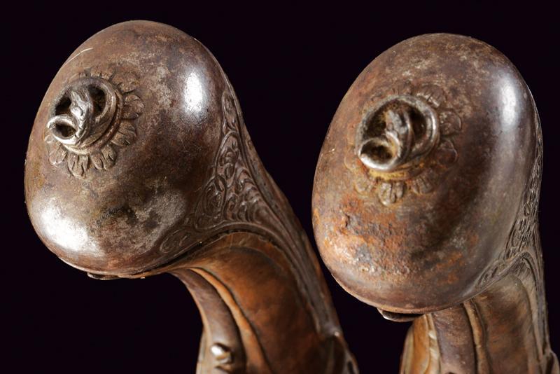 A pair of snaphaunce flintlock pistols - Image 5 of 10