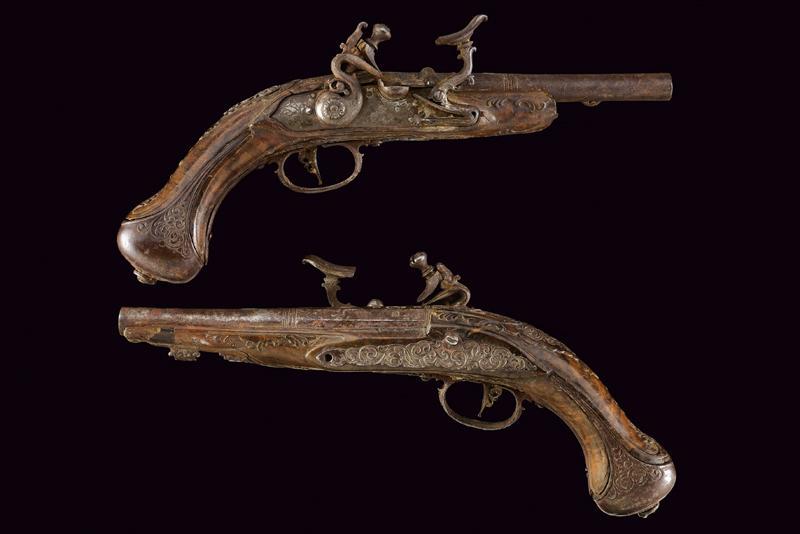 A pair of snaphaunce flintlock pistols - Image 10 of 10