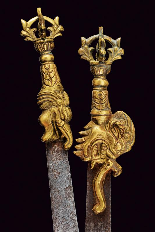 A lot of two small Vajra swords - Image 3 of 3