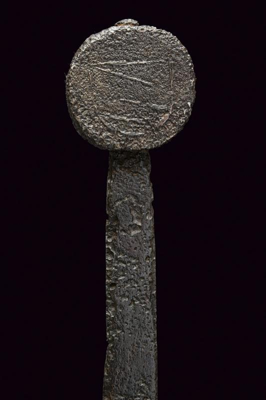 A knightly sword - Image 3 of 8