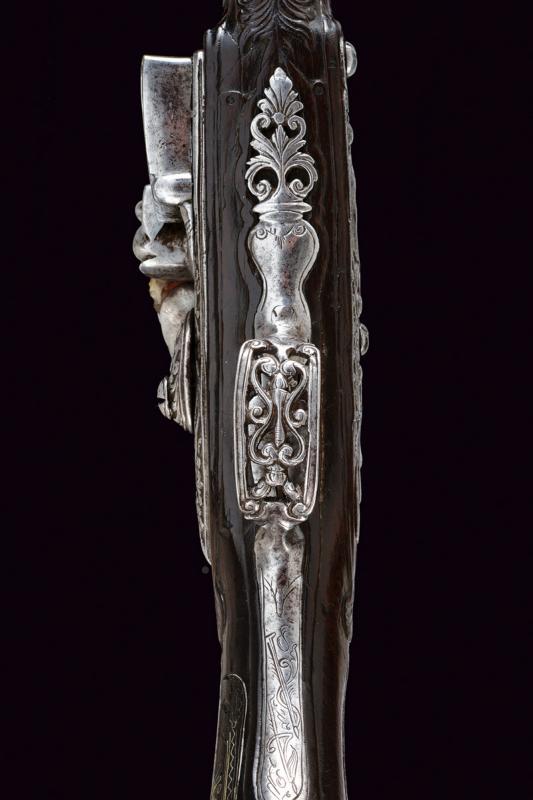 A beautiful flintlock pistol for the oriental market - Image 8 of 14