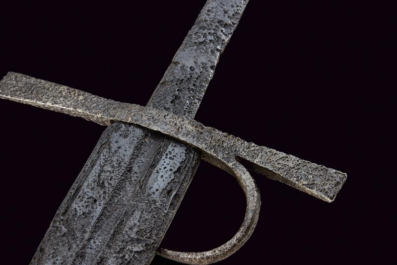 A knightly sword - Image 5 of 8