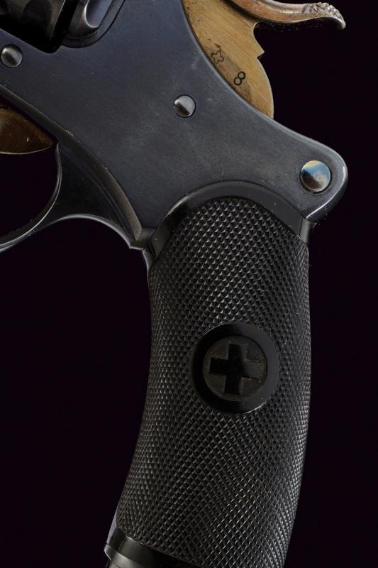 An 1882 model centerfire revolver - Image 4 of 8